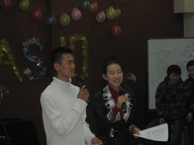 No Chinese performance is complete without a pair of emcees.